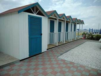 Wooden Cabins for Beach Clubs